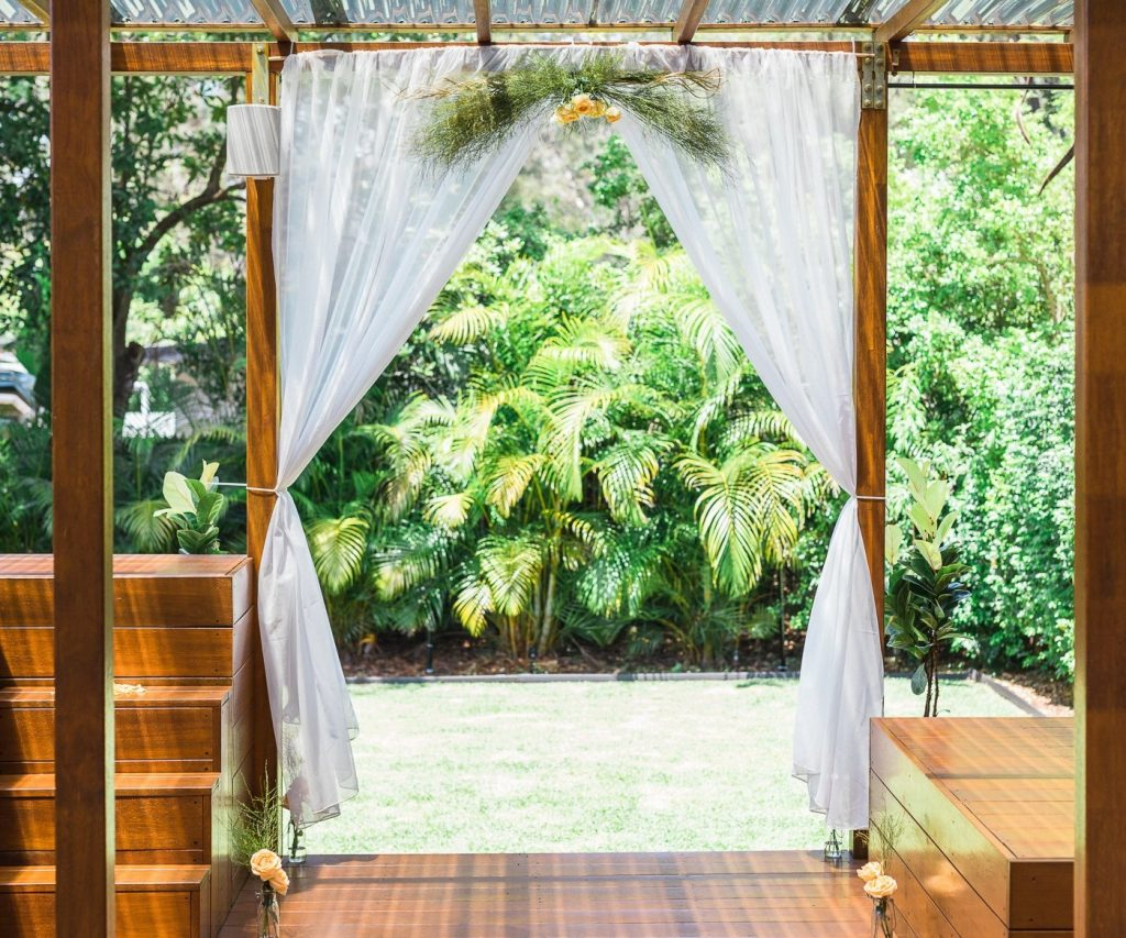 elope in Brisbane private property